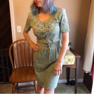 Vintage muted florals two-piece skirt and crop set